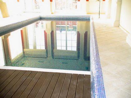 Бассейн в частном доме – 7,80 х 3,00 м