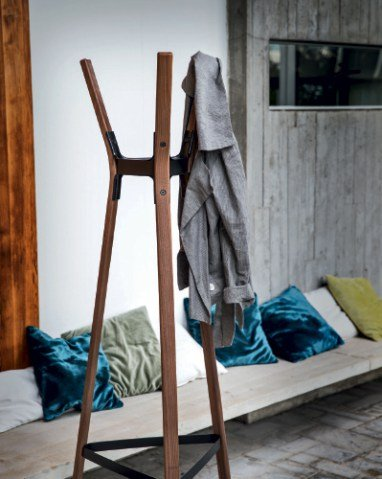 magis-design-coat-stands-coat-hangers